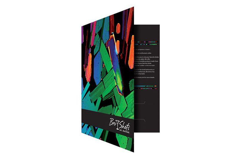 Mẫu thiết kế folder tay gấp dọc