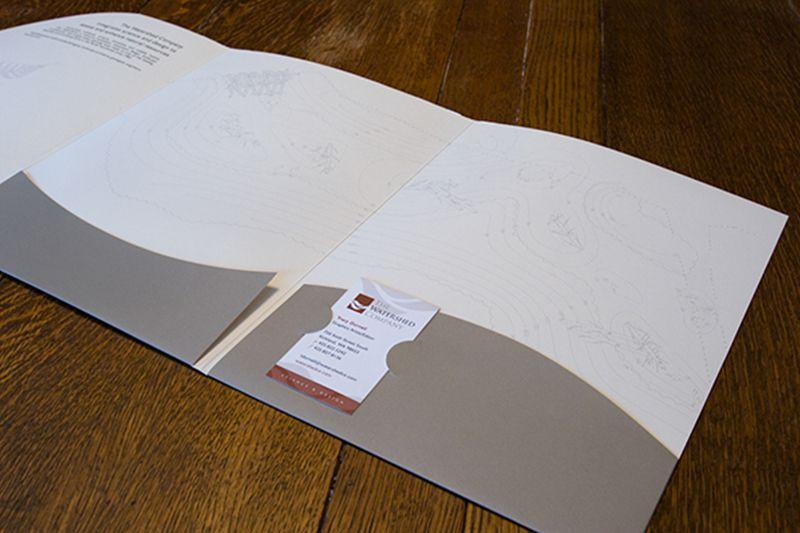 Mẫu tay gấp in folder số lượng ít