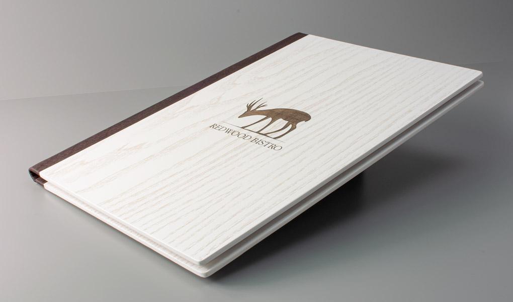 mẫu menu gỗ cao cấp với logo khắc laser siêu đẹp