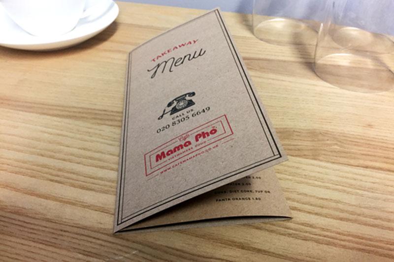 Mẫu menu giấy kraft gập 3