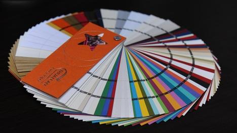 chất liệu giấy in lịch để bàn 2020 siêu đẹp