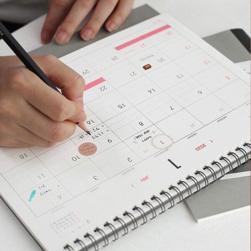 Mẫu lịch để bàn note tháng
