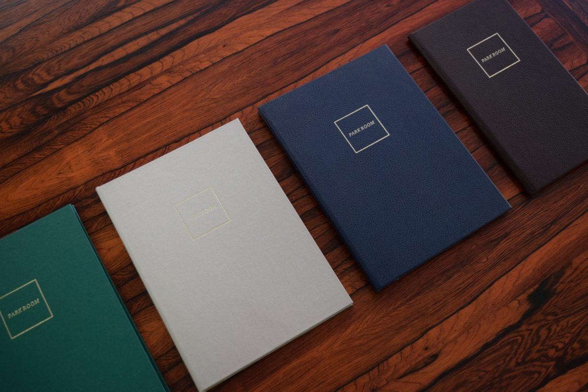 mẫu menu bìa da ép kim logo
